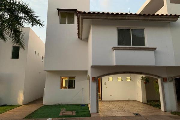 Foto de casa en venta en s/n , privada la rivera, culiacán, sinaloa, 19442449 No. 02