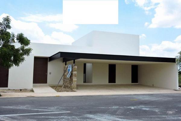 Foto de casa en venta en s/n , privada palma corozal, mérida, yucatán, 9983913 No. 01