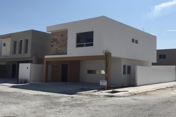 Foto de casa en venta en s/n , ramos arizpe centro, ramos arizpe, coahuila de zaragoza, 9970675 No. 01