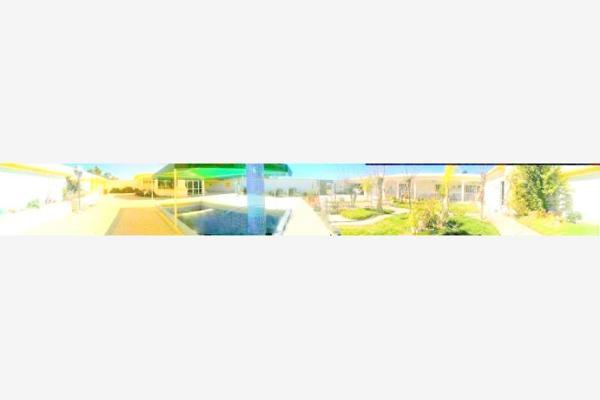 Foto de casa en venta en s/n , rancho los pinos, durango, durango, 9986426 No. 02
