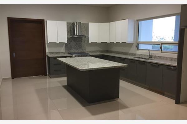 Foto de casa en venta en s/n , real de valle alto 1er. sector, monterrey, nuevo león, 9959604 No. 03