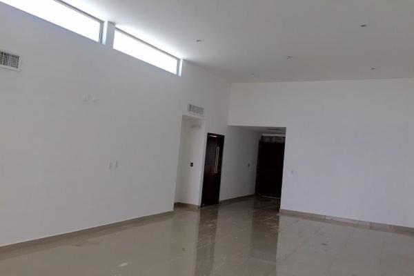 Foto de casa en venta en s/n , real del nogalar, torreón, coahuila de zaragoza, 5952209 No. 04