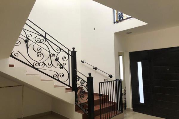 Foto de casa en venta en s/n , real del nogalar, torreón, coahuila de zaragoza, 9995341 No. 02
