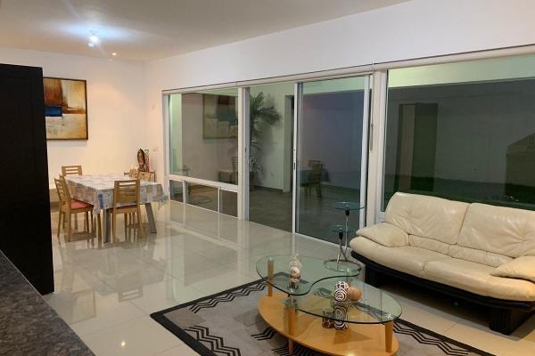 Foto de casa en venta en s/n , del poniente, santa catarina, nuevo león, 9953491 No. 01
