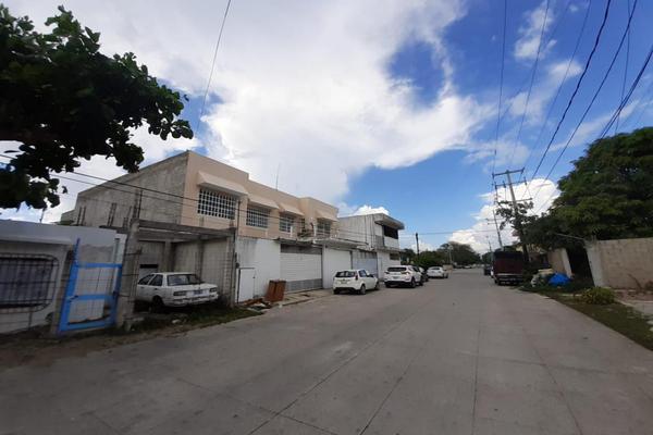Foto de bodega en venta en s/n , región 230, benito juárez, quintana roo, 16799282 No. 04