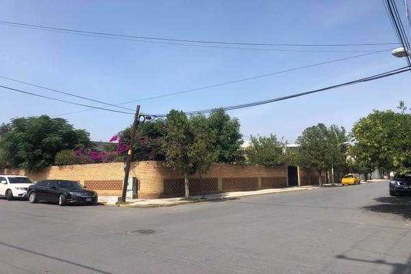 Foto de casa en venta en s/n , república poniente, saltillo, coahuila de zaragoza, 9994223 No. 01