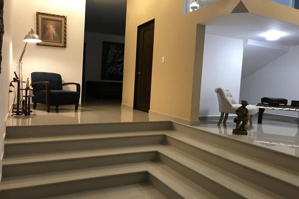 Foto de casa en venta en s/n , residencial cumbres 1 sector, monterrey, nuevo león, 19445164 No. 02