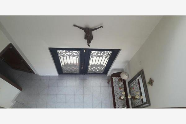 Foto de casa en venta en s/n , residencial cumbres 1 sector, monterrey, nuevo león, 9989211 No. 02