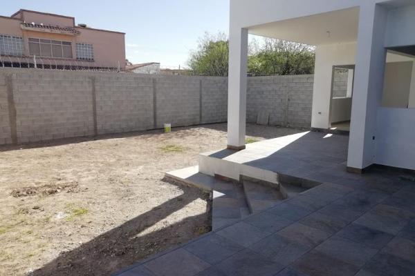 Foto de casa en venta en s/n , residencial frondoso, torreón, coahuila de zaragoza, 9952710 No. 03