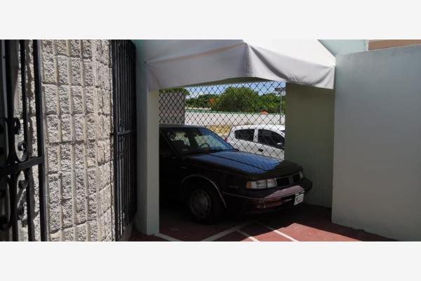 Foto de casa en venta en s/n , residencial pensiones vi, mérida, yucatán, 9965596 No. 02