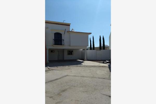 Foto de casa en venta en s/n , residencial senderos, torreón, coahuila de zaragoza, 9963199 No. 01