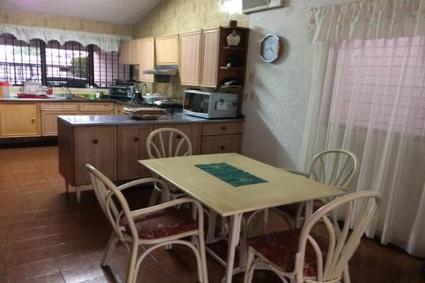 Foto de casa en venta en s/n , residencial sol campestre, mérida, yucatán, 9989079 No. 01