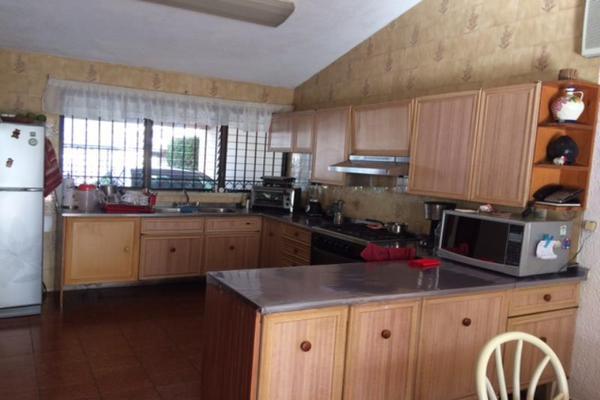 Foto de casa en venta en s/n , residencial sol campestre, mérida, yucatán, 9989079 No. 03