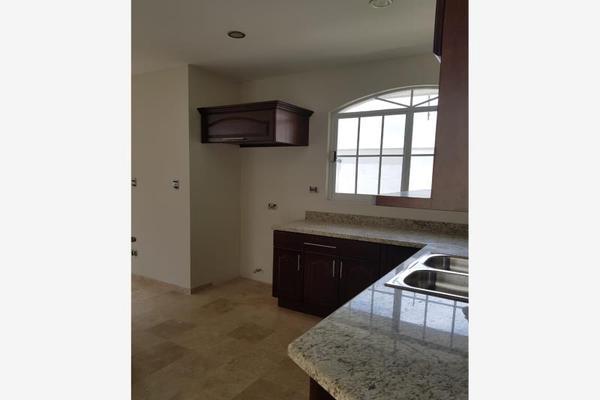 Foto de casa en venta en s/n , residencial villa dorada, durango, durango, 9996071 No. 02