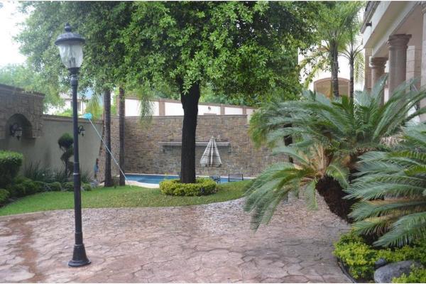 Foto de casa en venta en s/n , rincón de las montañas (sierra alta 8 sector), monterrey, nuevo león, 9975856 No. 01