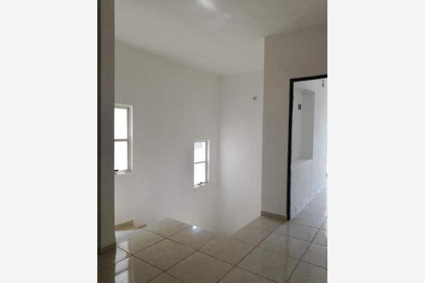 Foto de casa en venta en s/n , rosales de la aurora, saltillo, coahuila de zaragoza, 9984229 No. 01