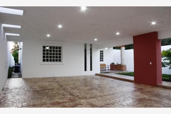 Foto de casa en venta en s/n , royal del norte, mérida, yucatán, 9994684 No. 02