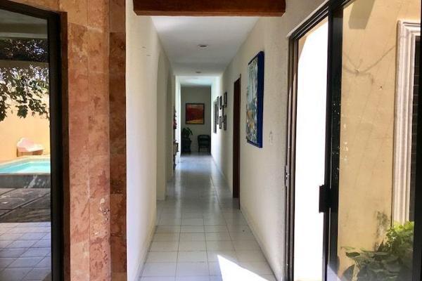 Foto de casa en venta en s/n , san antonio cinta, mérida, yucatán, 9981218 No. 01