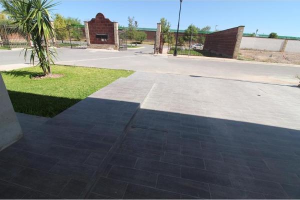 Foto de casa en venta en s/n , san josé, torreón, coahuila de zaragoza, 9960680 No. 02