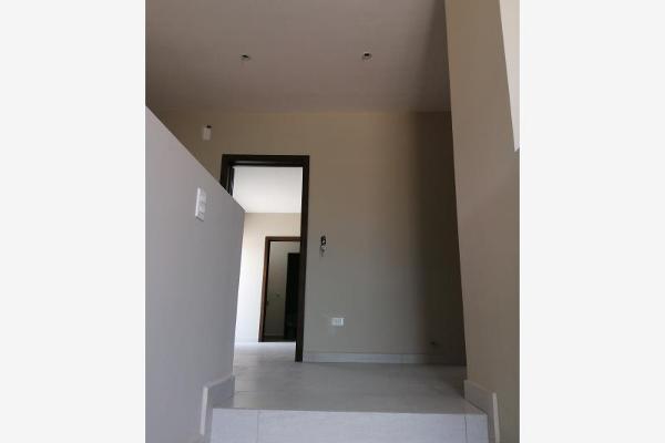 Foto de casa en venta en s/n , san patricio plus, saltillo, coahuila de zaragoza, 9988711 No. 01