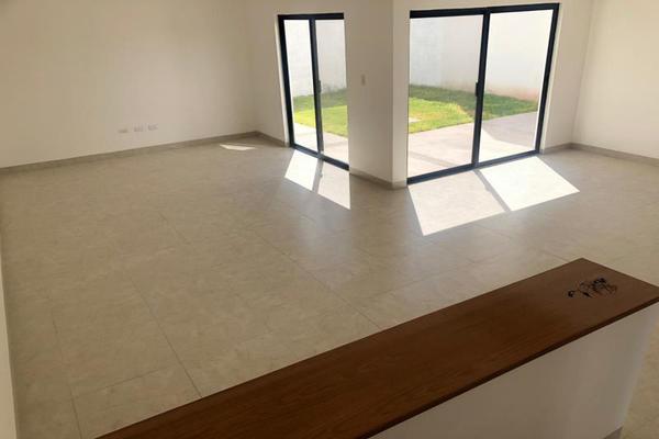 Foto de casa en venta en s/n , santa bárbara, torreón, coahuila de zaragoza, 9958915 No. 02