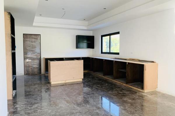 Foto de casa en venta en s/n , sierra alta 3er sector, monterrey, nuevo león, 9963829 No. 02