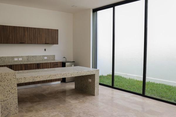 Foto de casa en venta en s/n , temozon norte, mérida, yucatán, 9963195 No. 01