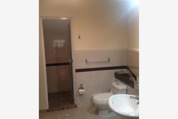 Foto de casa en venta en s/n , valle real primer sector, saltillo, coahuila de zaragoza, 9983317 No. 01