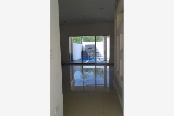 Foto de casa en venta en s/n , valles de cristal, monterrey, nuevo león, 9958847 No. 02