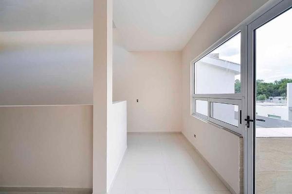 Foto de casa en venta en s/n , valles de cristal, monterrey, nuevo león, 9981174 No. 01