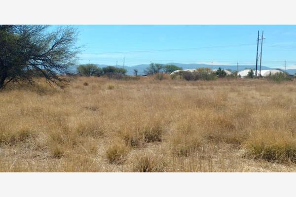 Foto de terreno habitacional en venta en sn , victoria de durango centro, durango, durango, 17400350 No. 02