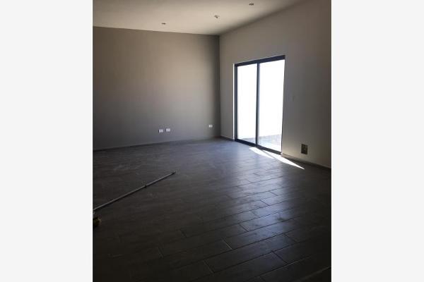 Foto de casa en venta en s/n , villas de la aurora, saltillo, coahuila de zaragoza, 9974214 No. 03