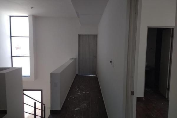 Foto de casa en venta en s/n , villas de las perlas, torreón, coahuila de zaragoza, 9951560 No. 02