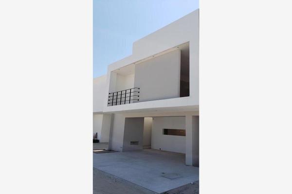 Foto de casa en venta en s/n , villas de las perlas, torreón, coahuila de zaragoza, 9969092 No. 01