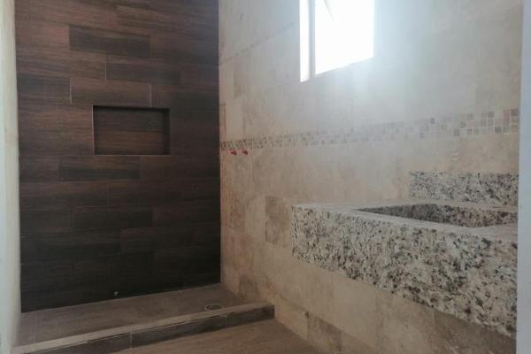 Foto de casa en venta en s/n , villas de las perlas, torreón, coahuila de zaragoza, 9981166 No. 03