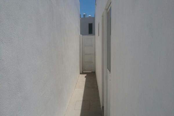 Foto de casa en venta en s/n , villas del renacimiento, torreón, coahuila de zaragoza, 10143903 No. 02