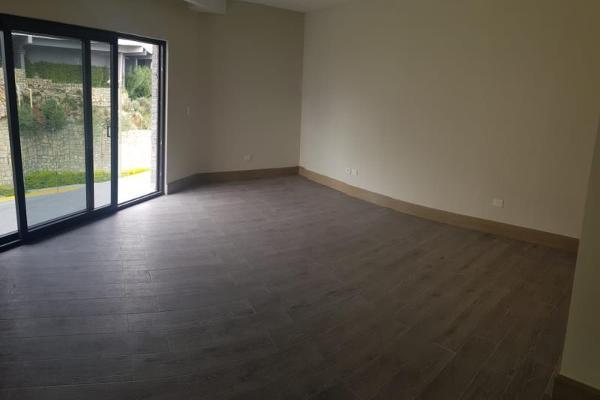 Foto de casa en venta en s/n , vista real, san pedro garza garcía, nuevo león, 9950564 No. 02