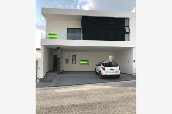 Foto de casa en venta en s/n , vistancias 1er sector, monterrey, nuevo león, 10152258 No. 01