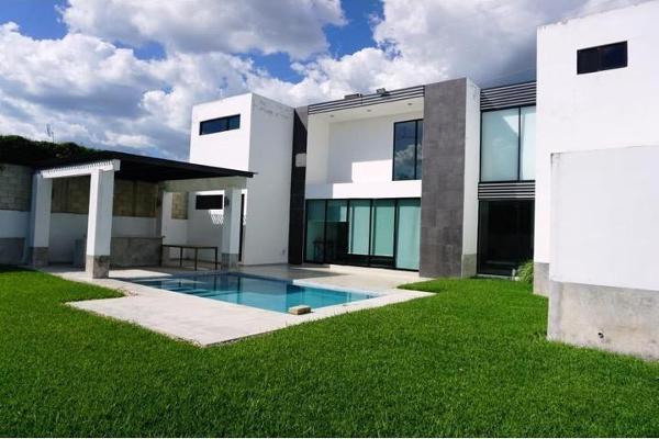 Foto de casa en condominio en venta en s/n , xcanatún, mérida, yucatán, 9982341 No. 01