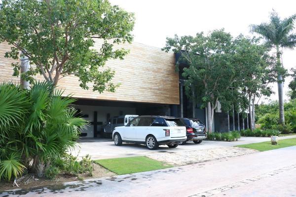 Foto de casa en venta en s/n , yucatan, mérida, yucatán, 9990266 No. 01