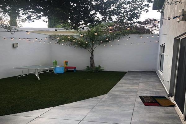 Foto de casa en venta en s/n , zona lomas del campestre, san pedro garza garcía, nuevo león, 9984719 No. 01
