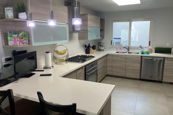 Foto de casa en venta en s/n , zona lomas del campestre, san pedro garza garcía, nuevo león, 9984719 No. 03