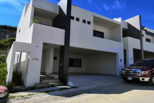 Foto de casa en venta en s/n , zona valle oriente sur, san pedro garza garcía, nuevo león, 8807949 No. 01