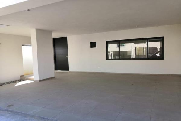 Foto de casa en venta en s/n , zona valle oriente sur, san pedro garza garcía, nuevo león, 8807949 No. 02