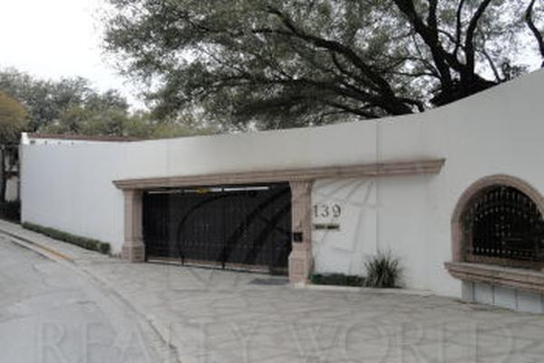 Foto de casa en venta en s/n , zona valle san ángel, san pedro garza garcía, nuevo león, 10000593 No. 01