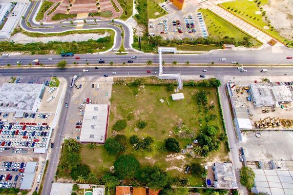 Foto de terreno habitacional en venta en sobre boulevard luis donaldo colosio , región 97, benito juárez, quintana roo, 0 No. 03