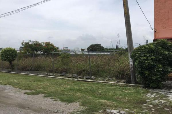 Foto de terreno habitacional en venta en  , sumiya, jiutepec, morelos, 7962011 No. 01