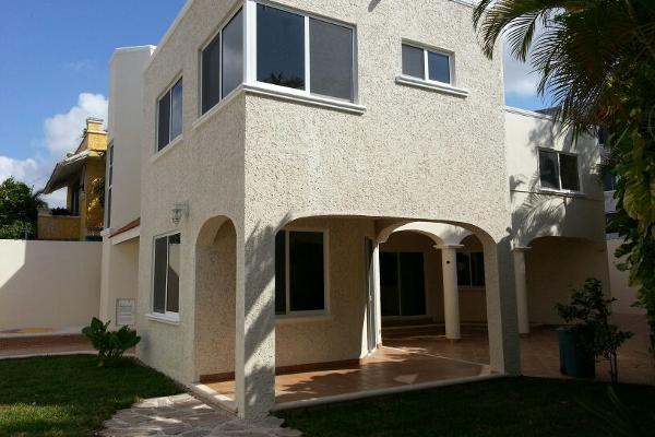 Foto de casa en venta en  , supermanzana 15, benito juárez, quintana roo, 2628719 No. 01