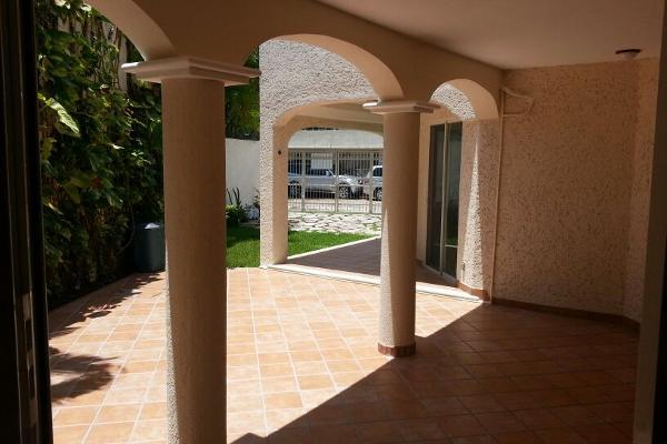 Foto de casa en venta en  , supermanzana 15, benito juárez, quintana roo, 2628719 No. 02