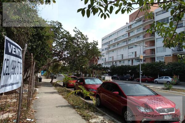 Foto de terreno habitacional en venta en  , supermanzana 16, benito juárez, quintana roo, 7132882 No. 02